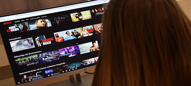 3 Netflix-Serien für kalte Herbsttage